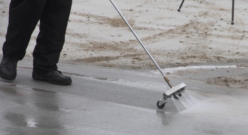 Hotsy Water Broom